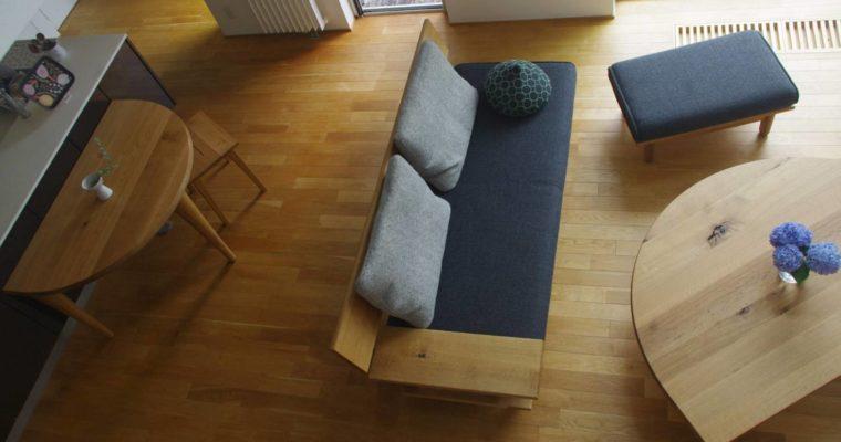【納品事例】飛騨の家具の納品事例 片肘ソファと半円のダイニングテーブルで家族の団らん の記事をアップしました!・